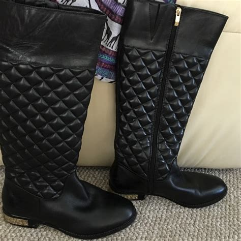 Vince Camuto Quilted Boots by 60 Vince Camuto Shoes Shooting Vince Camuto