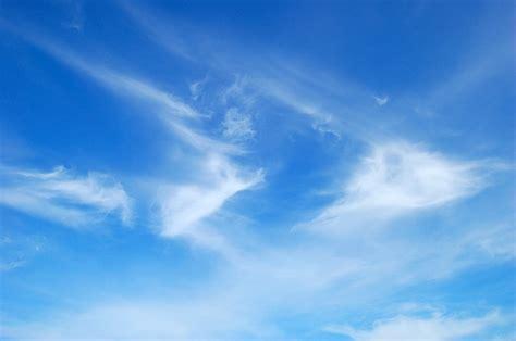 gambar langit biru koleksi gambar hd