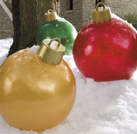 large outdoor xmas decor decoration news