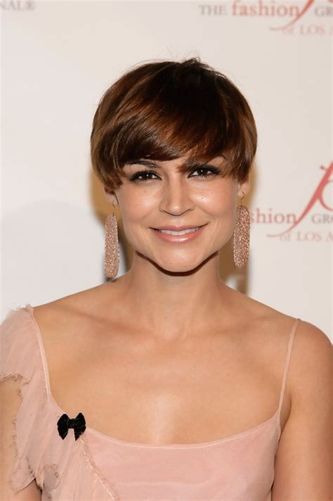 amstrong for hair samaire armstrong short straight cut short straight cut