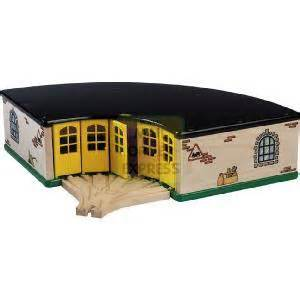 brio train shed brio the grand roundhouse deluxe engine shed wooden toy