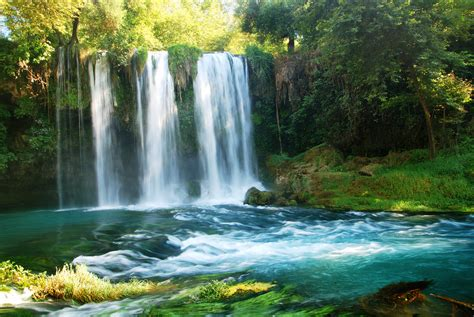 beautiful waterfalls beautiful waterfalls around the world www imgkid com