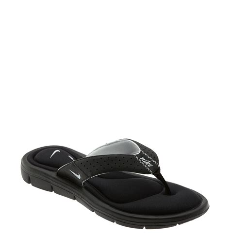 white comfort sandals nike comfort sandal in black black white lyst