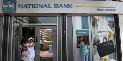 national bank of greece kapitalerhöhung la premi 232 re banque grecque tente un retour sur les march 233 s