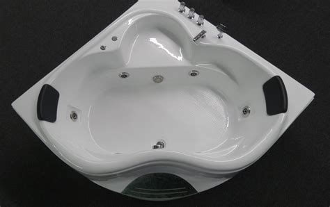 Jet Bathtubs For Sale by Corner Jetted Bathtub For 2 Person B226 Sale Best For Bath