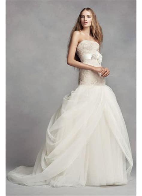 white  vera wang lace trumpet wedding dress davids bridal