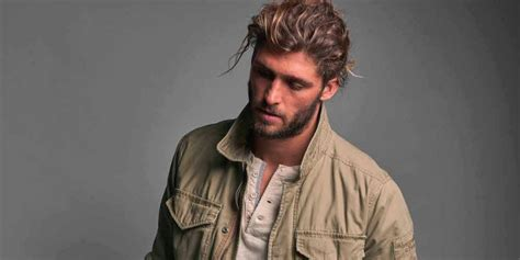 men growing out hair awkward how to grow your hair out askmen