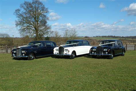 modern wedding cars east classic or modern wedding car hire or carriage for wedding in essex