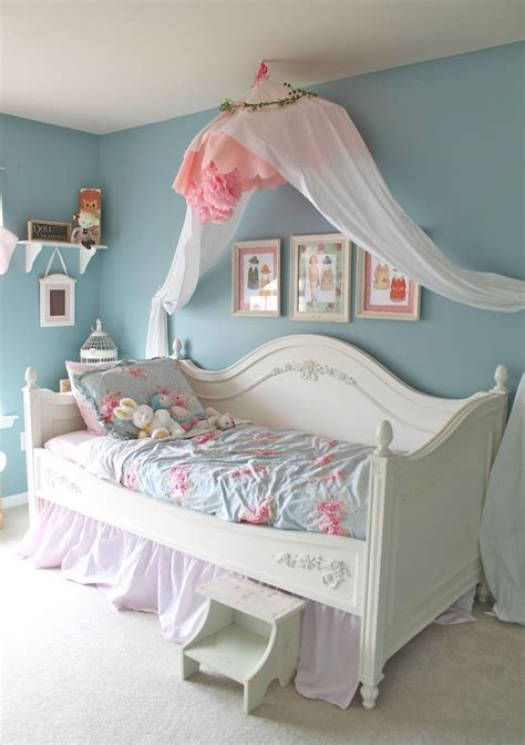 girls shabby chic bedroom ideas 40 beautiful and cute shabby chic kids room designs digsdigs