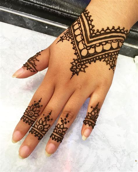 simple henna tattoos tumblr alcrist moreta it redo of someone s henna design