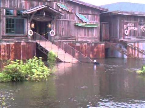 fish house branson branson missouri flooding landing fish house 2011 youtube