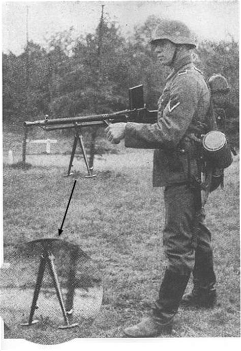 Pictures of WWII soldiers using enemy guns - Page 2