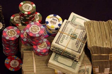 ways  play real money poker  making  deposit pokernews