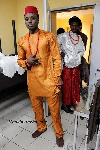 traditional mens attire in nigeria mike ezuruonye and chioma chukwuka akpotha in igbo