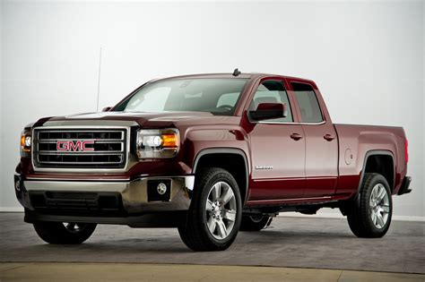 2014 chevrolet silverado and gmc trucks get updated