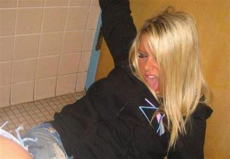 drunk girl bathroom druuuuunk the passed out on the bathroom floor type drunk