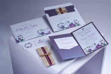 18 desain undangan pernikahan simple dan elegan unik mewah