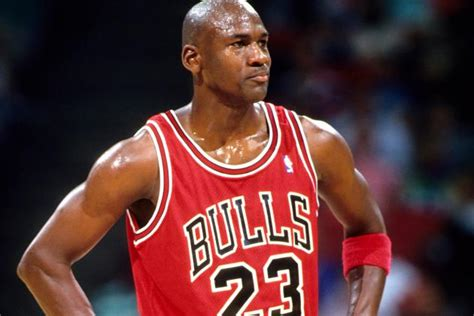 lebron james basketball player biography 10 things you never knew about michael jordan bulls