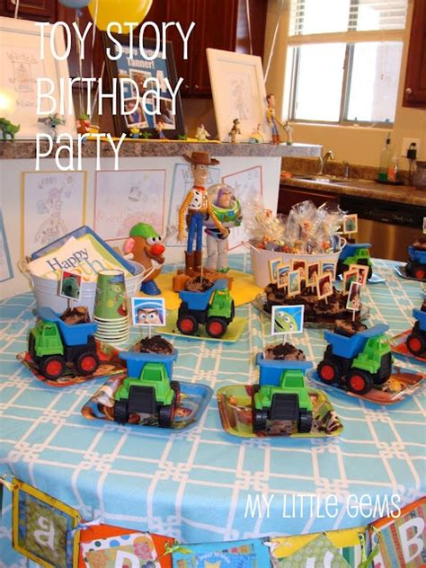 themes toy story toy story party ideas pinterest