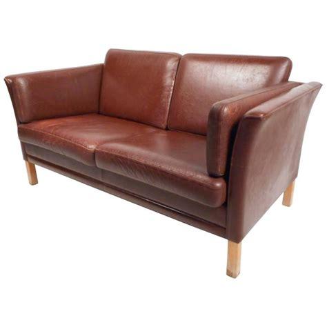mid century leather loveseat mid century modern danish leather loveseat for sale at 1stdibs