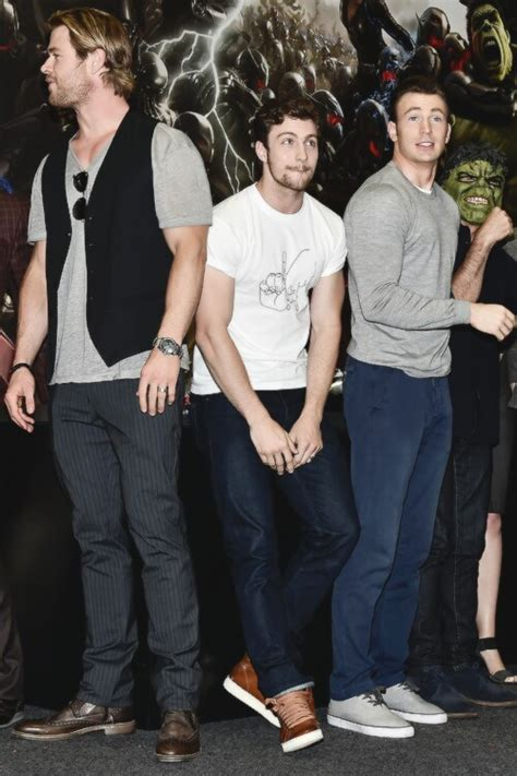 aaron taylor johnson quicksilver shoes avengers chris hemsworth quicksilver aaron taylor