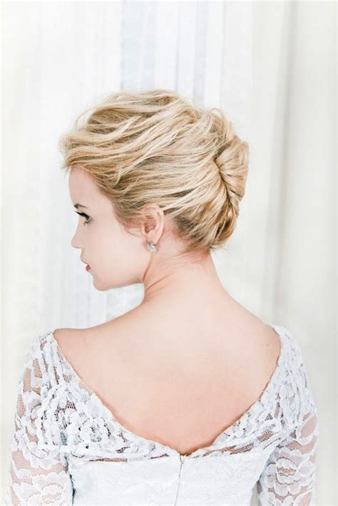 messy french twist love this for wedding hair cute simple wedding hair inspiration tutorials the french twist