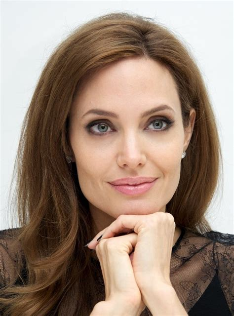 angelina jollie angelina jolie doesn t complain about being a working