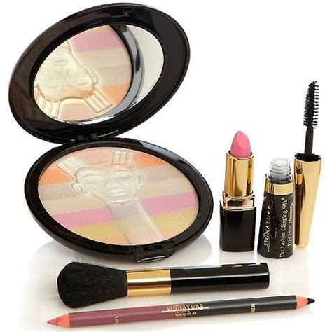 Lipstik Nefertiti signature club a nefertiti makeup collection awesome