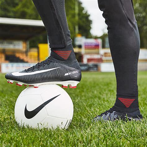 Sepatu Sepak Bola Nike Superfly sepatu bola nike mercurial superfly v df fg black white