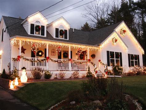 homes decorated for christmas outside stunning outdoor christmas displays interior design styles and color schemes for home