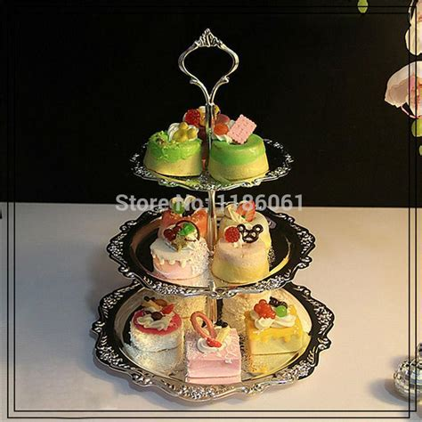 Shelf Of Cupcakes by 3 Tier Wedding Cake Buffet Hotel Cupcake Stand