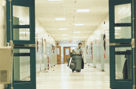 Https Inside Sou Edu Business Mba by Florida School District May Deploy Armed Janitors To Fight