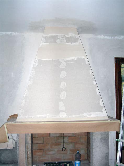 cappa per camino copertura camino in cartongesso tinteggiature e cartongesso