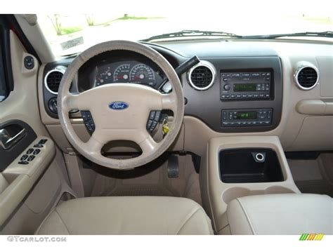 Ford Expedition 2004 Interior by 2004 Ford Expedition Eddie Bauer Dashboard Photos
