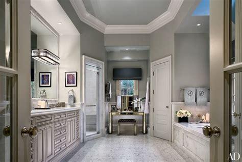 22 Luxury Bathrooms in Celebrity Homes Photos