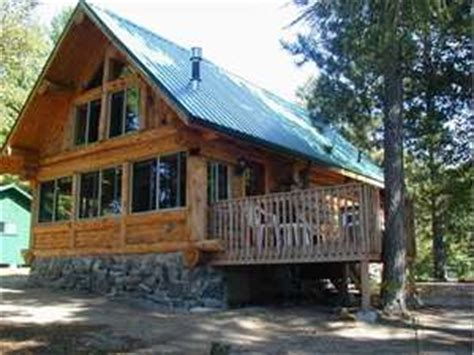 white pine minnesota custom cabin rental on the lake
