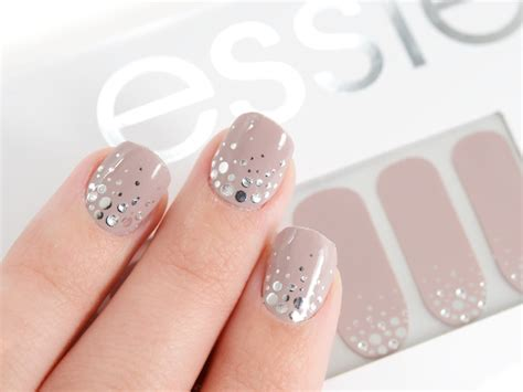 Nail Appliques by Essie The Moon Sleek Stick New Pink Uv Treated Nail