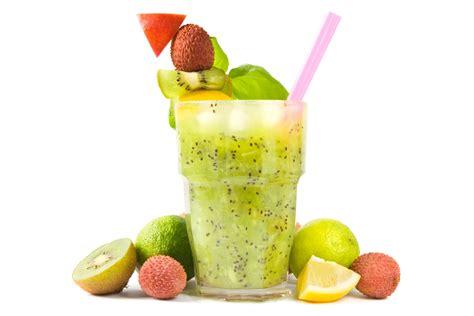 imagenes batidos verdes 3 bebidas verdes para quemar grasa enforma180