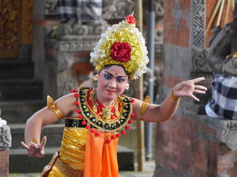 sahadewa barong and kris bali indonesia part 1 of 3