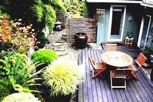 Patio Ideas For Small Gardens Small Patio Garden Ideas Your Designs For Gardens Remarkable Decking Bedroom Exterior