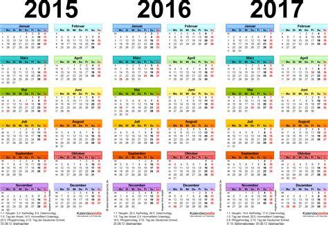 Word Vorlage Jahreskalender Dreijahreskalender 2015 2016 2017 Als Word Vorlagen Zum Ausdrucken