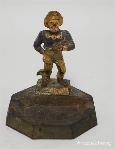 Figural L by L L Favors Cast Iron Figural Ashtray A Tau De