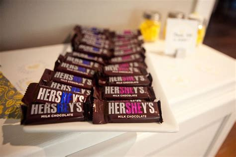 Hershey Baby Shower by Hershey He She Bars For A Baby Shower Baby Showers