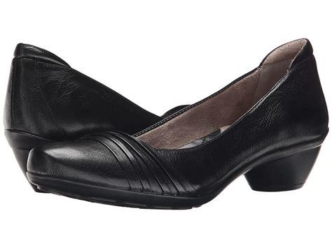 women s wide width dress shoes womens wide width shoes