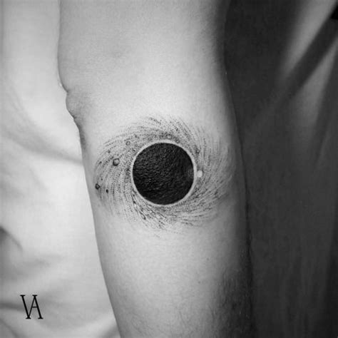 tattoo arm hole black hole tattoo tattoo artist violeta ar 250 s tattoos