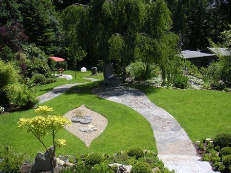 feng shui garten pflanzen feng shui garten eines einfamilienhauses unter