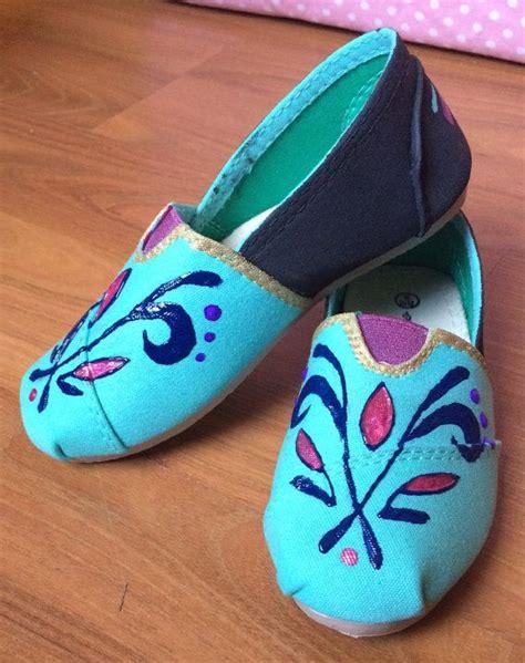 diy elsa shoes frozen elsa coronation inspired custom painted shoes for