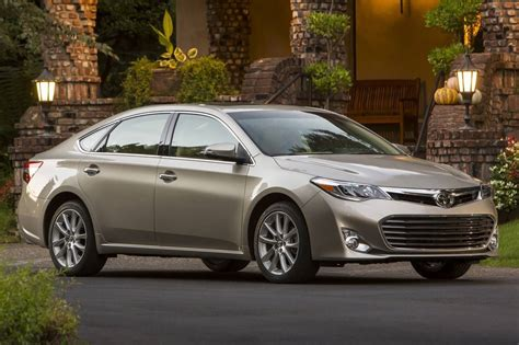 used 2013 toyota avalon for sale pricing features