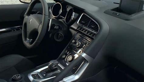 interni peugeot 3008 peugeot 3008 hybrid4 motore prezzi ed allestimenti