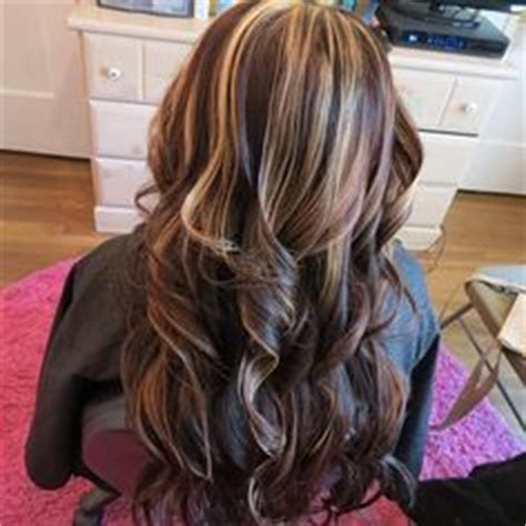 how many foils in a partial foil light brown hair with blonde highlights hair by melissa